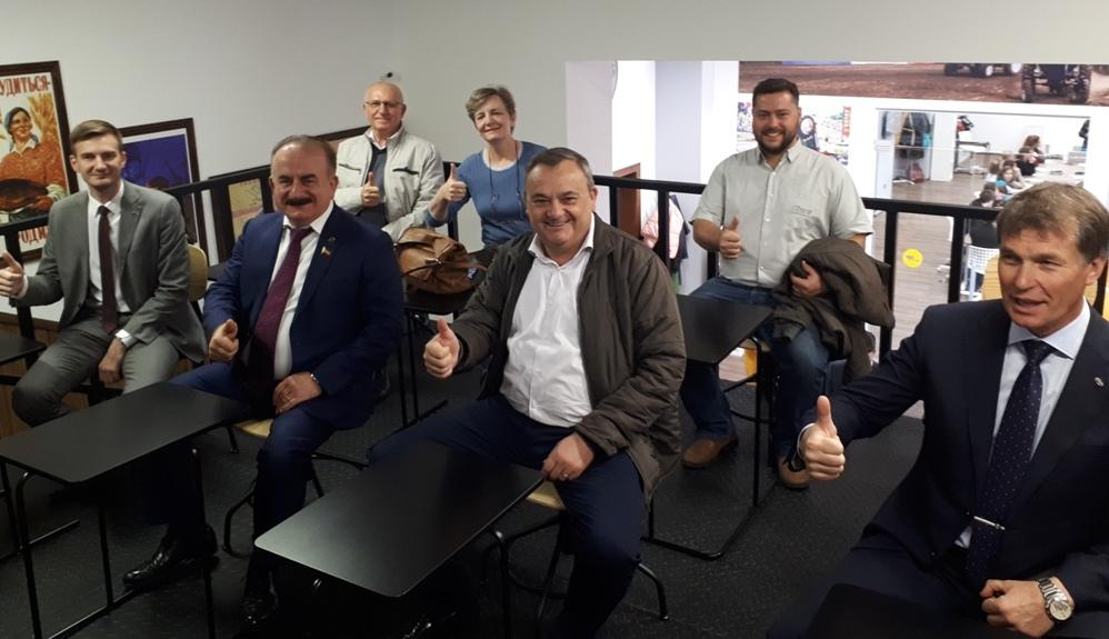 Высокие гости. Президент бразильской фирмы Stara посетил компанию «Бизон»